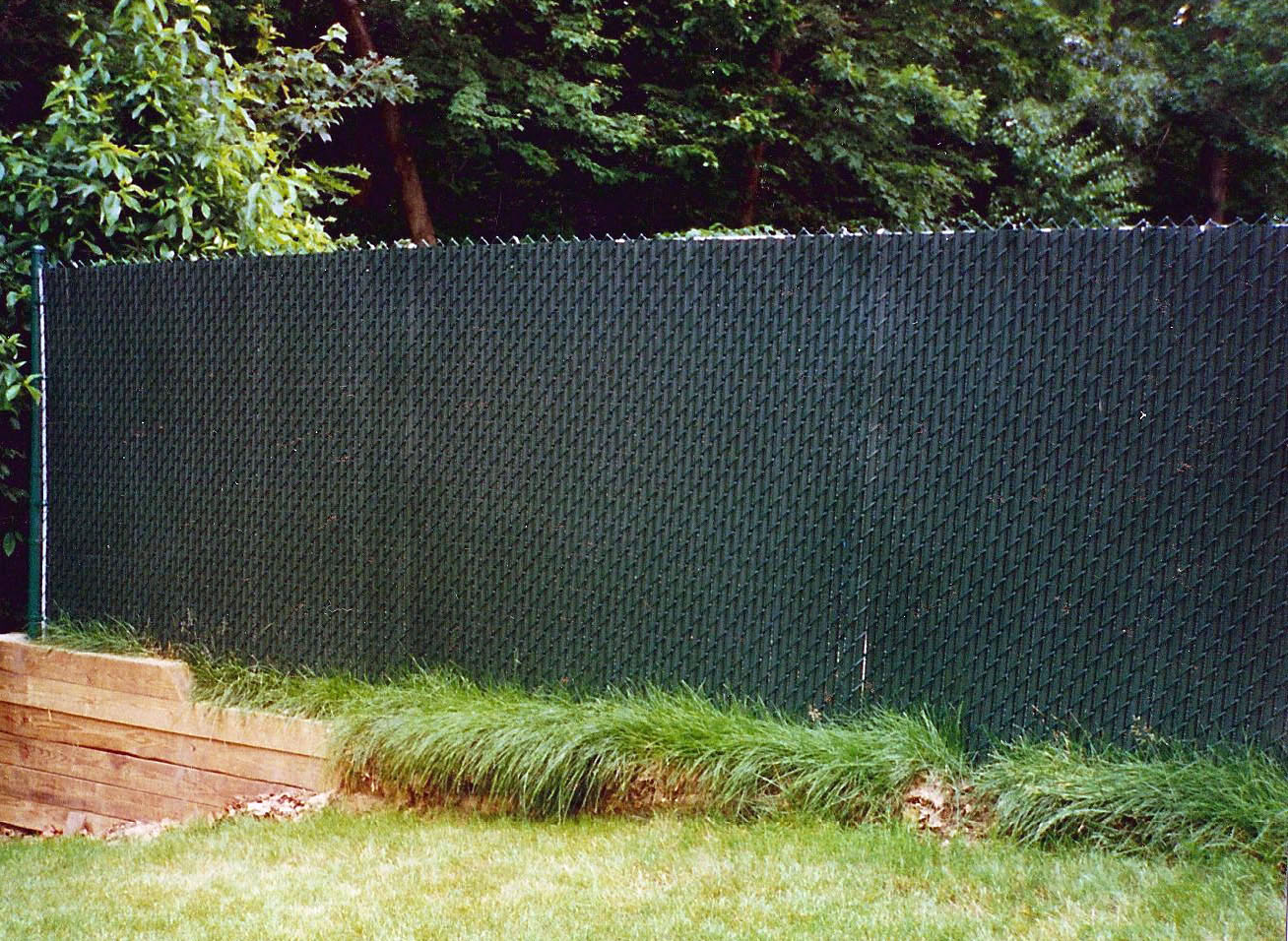 Chain link with slats quality fence company